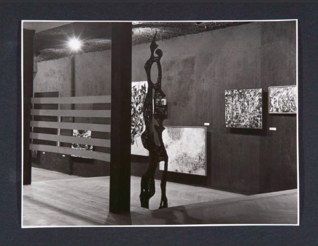 Exhibition view. Otro arte, 1957. Celebrada en la Sala Negra, cedida al  Museo Español de Arte Contemporáneo. Primeras exposiciones del Informalismo en España