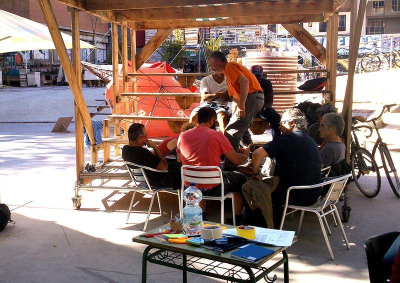 @campodecebada. Grupo de trabajo de la asamblea del Campo de la Cebada,  2013