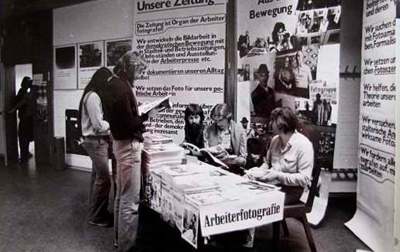 Wilhelm Körner. Exposición de la revista Arbeiterfotografie, c. 1979. Fotografía, 18 x 24 cm. Donación del artista. Centro de Documentación y Biblioteca, Museo Nacional Centro de Arte Reina Sofía