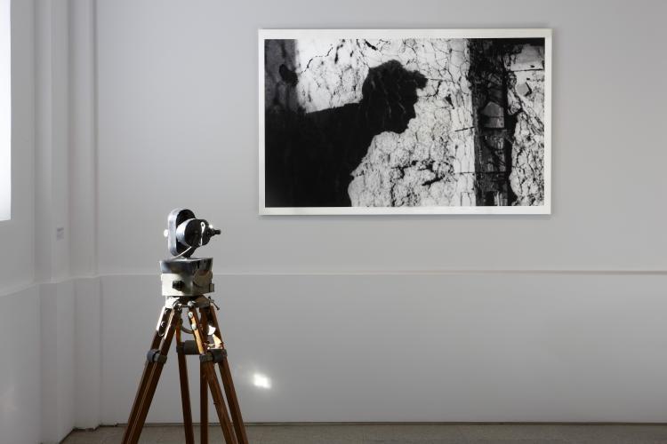 Exhibition view. Desbordamiento de Val del Omar, 2011