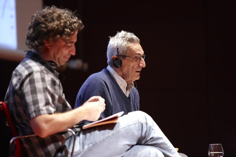 Conferencia. Michael Hardt y Antonio Negri. Crisis y revoluciones posibles, 6 de octubre de 2011. Edificio Nouvel, Auditorio 400