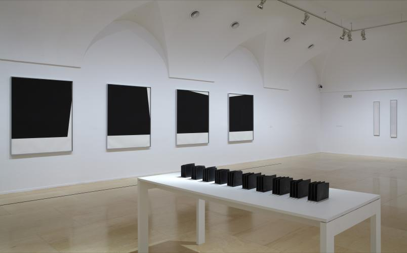 Exhibition view. Elena Asins. Fragments of memory, 2011