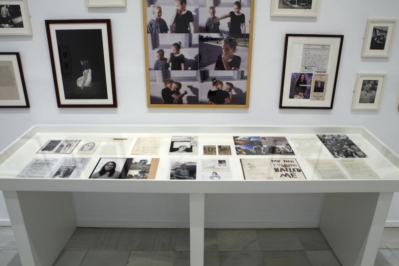 Vista de sala de la exposición Formas biográficas, 2014