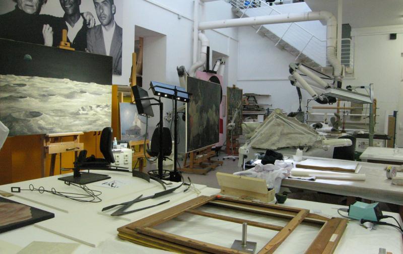 Vista del laboratorio de conservación del Museo Reina Sofía