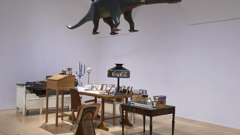 Vista de sala de la exposición. El tiempo y las cosas. La casa-estudio de Hanne Darboven, 2014