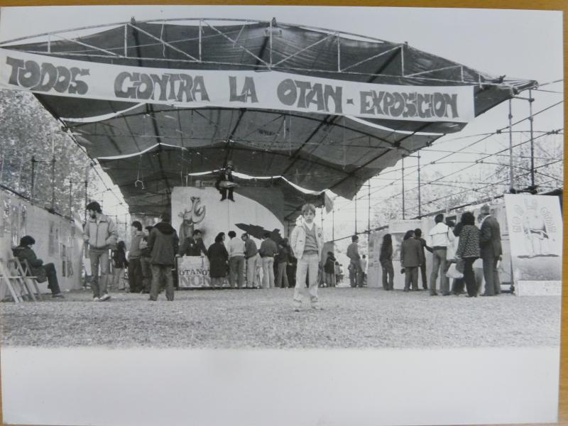 Exposición «Todos contra la OTAN», Septiembre de 1981 © Archivo Histórico del Partido Comunista