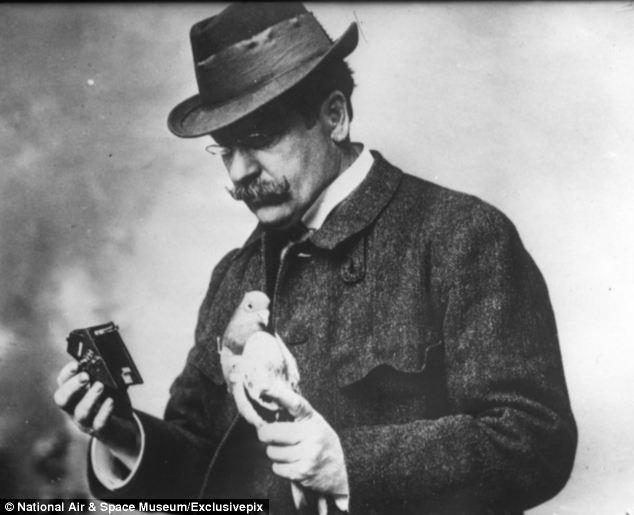 Dr. Julius Neubronner with a pigeon © National Air and Space Museum