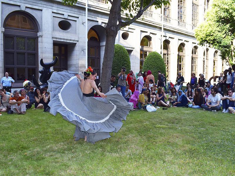 Picnic del barrio, Museo Reina Sofía, 2018. Fotografía: Ela Rabasco (Ela R que R)