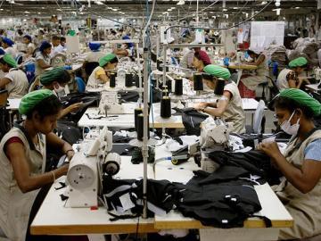 Michael Hughes. Clothing factory in Asia (Sri Lanka). 2015