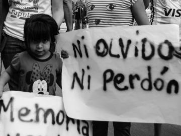 Ni olvido ni perdón. Marcha por los 40 años de la dictadura militar en Argentina, marzo de 2016